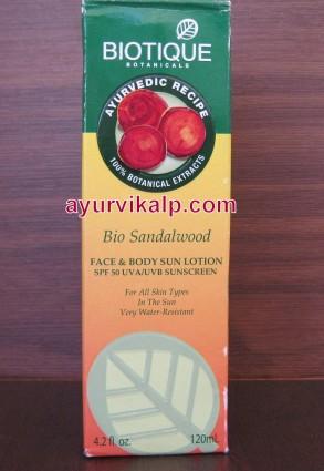 Biotique BIO SANDAL  Red Sandalwood Lotion Sun Protective Lotion SPF 50